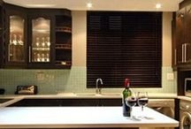 Basswood Wooden Blinds / Nothing beats the look and feel that wooden blinds bring to a room or office. They provide a warm and luxurious atmosphere and an elegance that cannot be attained with other forms of blinds.  At BlindsDirect.co.za we have an array of rich natural shades, textures and grains to suit your personal taste and home décor. Transform your house into a home with our beautiful range of wooden blinds.