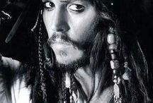 Piráti z Karibiku/Pirates of the Caribbean :) / Miluji Piráty z Karibiku :) a proto jsem se rozhodla věnovat jednu nástěnku i jim :)