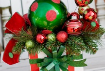 Holiday Decor / by Maggies Mentions