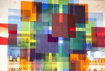 - ArteLateral - / ArteLateral se convierte en una alternativa al circuito artístico habitual de la ciudad. En primer lugar, porque se dirige a un amplio abanico de público, todos los comensales. El #arte se  integra en el día a día y la visita a la exposición se produce de manera espontánea.