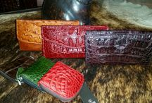 Veari Exotic woman's wallets / Take a look to the wild world of exotic leather ( alligator, crocodile, ostrich, sea turtle,lizard, etc, for additional info go to www.veari.com