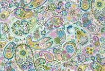 Such pretty fabric! / Beautiful fabrics that I would love to sew. / by Becky Pearson