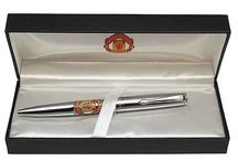 Manchester United Executive Merchandise / Official Manchester United Executive Merchandise