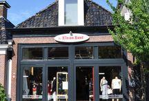 De Kleankast / De Kleankast is de winkel van waaruit Maatjemeer.nl is ontstaan. Makkelijk bereikbaar en met zeer deskundig personeel helpen ze jou graag aan de juiste outfit. Hier enkele foto's van de winkel. Bezoek ons op Heechein 58 in Akkrum.
