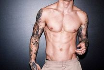 Ragazzi tatuati