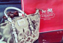 Handbags, wallets, jewellery / Handbags, wallets, jewellery