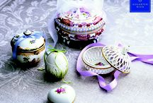 Gift Ideas / Even the smallest pieces of Vienna Porcelain can become the favorite wedding gift for newlyweds.