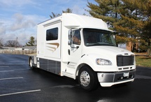 Equine Carriage ST / The answer to how you can transport your horse trailers or RVs with more living quarters.