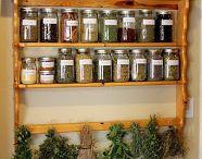 Herbs, Teas & Spices