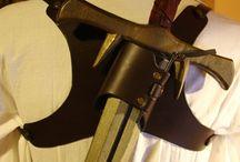 Waffenhalter für den Rücken / Waffenhalter für den Rücken mit Schnellzieh Funktion https://lpl-shop.de/de/Schwerthalter-Ruecken.html