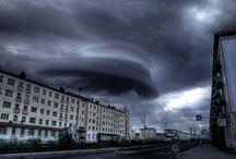Tornadoes, clouds & storm / tornáda, cyklony, mraky, bouře