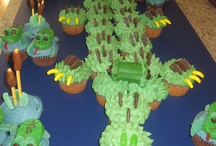 Cakes we made / by Amanda Davis Ruscheinsky