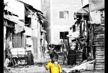 """Exposition Photos """"Les chiffonniers de Phnom Penh"""" / Quelques photos de l'exposition du 9/10 mars 2013, Galerie Vivienne à Paris. Tous les fonds ainsi récoltés sont reversés à PSE."""
