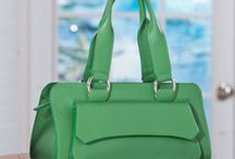 Pantone Color of the Year / The 2017 Pantone color of the year is green! Make your friends green with envy with handbags, jewelry, and accessories featuring the color crush of the year!  | green | color crush | womens fashion | womens accessories | color of the year | Pantone |