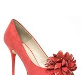 Shoes / by Leslie Perricone