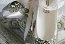 Zapatos hermosos / zapatos de todo tipo. Bailarinas, Botas, Tacos, Botines, esclavas, mocasines, náuticos, pantuflas, Plataformas, Sandalias, Stilettos, Tendencias, Zapatillas, Casuales, Zapatos Cerrados, Zapatos Cómodos, etc.