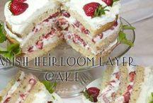 Cakes / by Lindsay Loveless