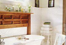Bathroom Loves / Bathroom. Bathroom remodels. How to remodel a bathroom. Bathroom decor. Bathroom decorating