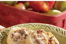 Autumn Apples / Everyone loves fresh fall apples (and we all end up with a ton of them!) Whether you've just come back from the orchard or you grabbed a bushel at the local market, these recipes are sure to inspire your baking creativity. Fill your home with the most delectable fragrance of baking apples and Puff Pastry this autumn.