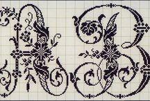 lettres anciennes au point de croix