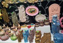 Pendik Hediyelik Eşya By Eser Home / Polyester hediyelik ürünlerin toptan ve perakende satışını yapmaktayız. ADRES: Doğu Mah. Dr. Orhan Maltepe Cad. No: 83 (Verem Savaş Dispanser Karşısı)