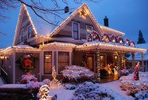 Winter on Oak Street / The year turns at The Oak Street Hotel; we just adore seasonal decor!