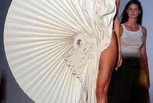 plis drapés