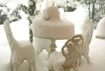 Nevica / La Magia e il Silenzio incantato della neve... La Poesia e l'Atmosfera da Sogno dell'Inverno...