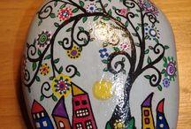 seixos pintadas à mão