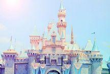 お城とメリーゴーランド