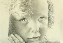 Dessins, portraits au fusain / Portraits au fusain et mine graphite. Réalisés d'après photo et sur commande.