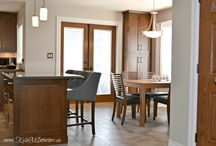 Dining Rooms / Dining rooms and dining room home decor ideas.  Tables, accessorizing, buffets and layout.