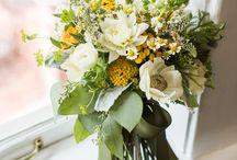 Yellow bouquets / by My Italian Wedding