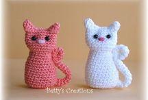Crochet Toys / crochet toys, crochet patters, crochet tutorials, toys, clothes, crochet baby, crochet ornaments, crochet ideas, crochet diy, easy crocheting, crochet for beginners