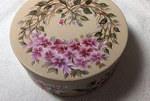 scatola con viole