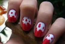 nails / by Maria Restrepo