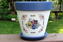 Flower pots hand painted