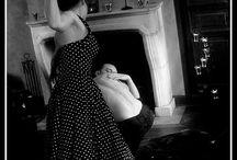 Contrôle moi! / Série ambiance film années 50 sur la Jalousie, l'hyper-contrôle, la rage, les pervers narcissiques, la manipulation... Modèle féminin Patricia Moravac  Modèle masculin Guillaume Lemaître Modèle masculin Nhetic DigitalWanderer Copyright Roxane Soussiel Photographe
