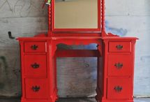 Old Furniture Ideas / by Libby Hankins