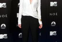 Celebrity Style : Emma Watson / by Immelia Izalena