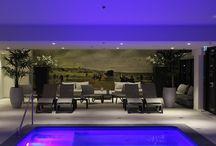 Kurhaus Scheveningen / In december 2016 opende Spa Kurhaus de deuren. Naar een ontwerp van House of Wellness werd er een zwembad aangelegd, sauna' s gebouwd en een beautysalon ingericht.
