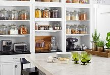 Lovely Kitchens / Designer kitchens sure to inspire you for your next build.