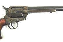 Klasický revolver z divokého západu