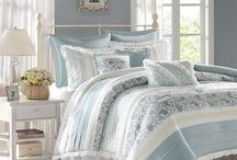 Bedding / Things to make your room beautiful and relaxing / by Teresa Scroggins White