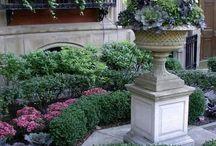 pots & gardens