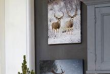 THEMA | Ice Nature / Het thema Ice Nature combineert frisse blauwwitte items met zachte en natuurlijke materialen. Versier de besneeuwde kerstboom met zilveren, blauwe en witte ballen voor een waar wintergevoel en kruip weg onder een heerlijk warm en wollig plaid.