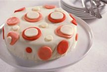 Baking Tips/Decorating Cakes, Cookies and Cupcakes / by Kristen Mattson