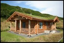 Damson Cabin / Hand crafted log cabin set on the edge of the lake district national park.