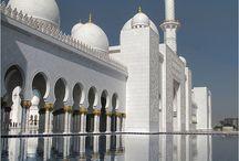 Mosque / http://www.dawntravels.com/