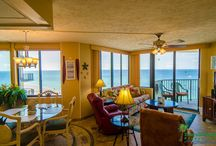 Hugo's Sugar Shack-Sunbird 1008W, Panama City Beach, FL / Hugo's Sugar Shack is a romantic 1 bedroom, 1 bathroom beachfront vacation rental condo located in Panama City Beach, FL. Emerald Beach Properties, Inc. manages this property for the owner. Call (850) 234-0997 to book today!
